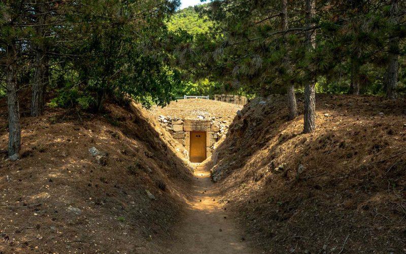 Μακεδονικός Τάφος & κάστρο Καλύβας - Θράκη 5
