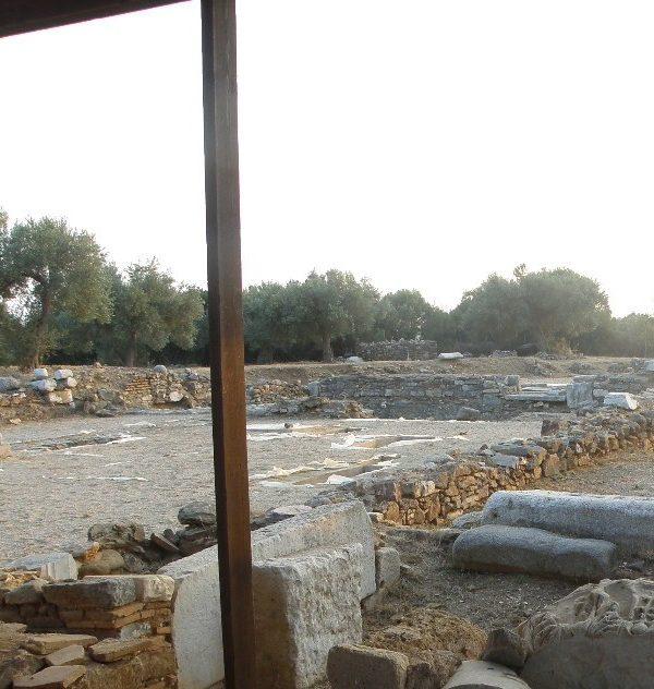 Εσπερινή θεία λειτουργία στον αρχαιολογικό χώρο της Μαρωνείας 2