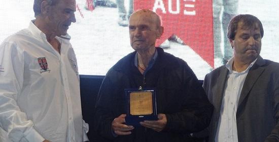 Συγκίνηση και αναμνήσεις στις βραβεύσεις για τον μισό αιώνα «ζωής» του ΑΟΞ